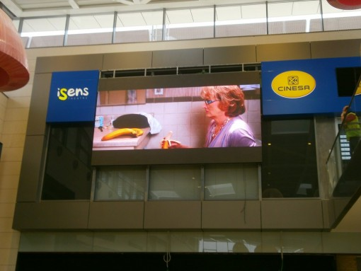 CINESA PANTALLA INDOOR ILUMINACIÓN LED
